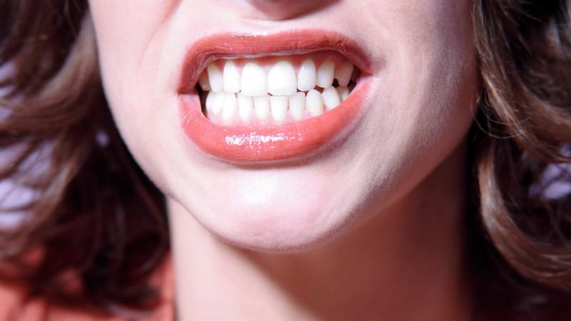 dentista-especialista-em-gengiva-01