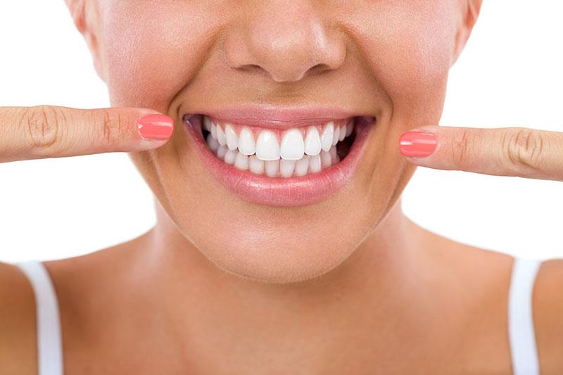 plano-odontológico-com-clareamento-03