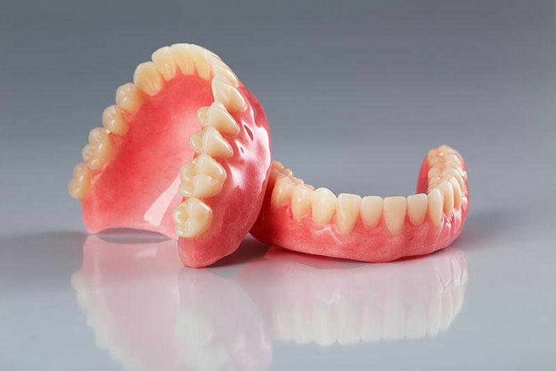 quanto-custa-uma-prótese-dentaria-01