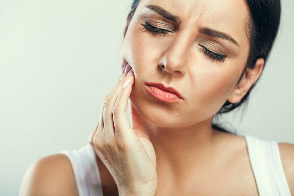 sintomas-do-dente-siso-03