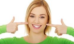 Como deixar os dentes claros
