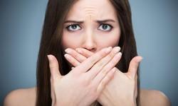 Mau hálito crônico tem cura