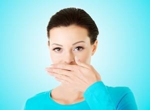 combate ao mau hálito estomacal