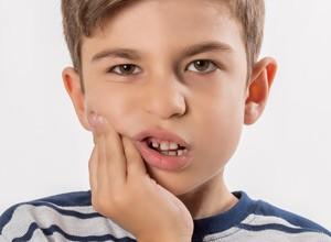 como aliviar dor de dente em casa