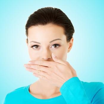 Combate mau hálito estomago